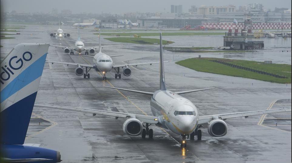 Flights halted at Mumbai airport.