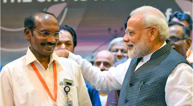 PM Modi interacting with ISRO chairman K. Sivan after Chandrayaan 2 lost connectivity.
